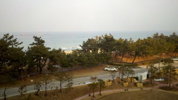 Hotel on sea of japan resized 600