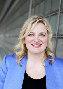 Dr. Kellye Knueppel