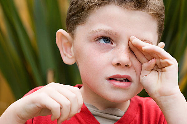 Pay attention if your child rubs his/her eyes