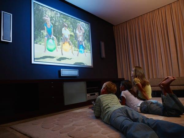 Do big screen tvs cause vision problems?